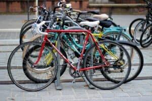 A Brest, la CLCV réclame la pose de dispositifs sécurisés de stationnement de vélos