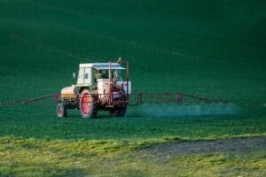 Pesticides près des habitations: une réglementation qui doit évoluer